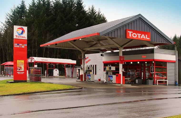 gedinne station essence total car wash shop. Black Bedroom Furniture Sets. Home Design Ideas